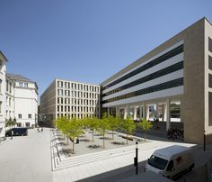 Bibliothek in Darmstadt fertig / Verklinkerte Neun - Architektur und Architekten - News / Meldungen / Nachrichten - BauNetz.de