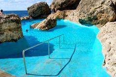 Descubre una piscina natural entre rocas en la zona de Cala Egos ( Mallorca) | Una Arjonera en Mallorca Menorca, Places To Travel, Places To See, Ibiza, Mallorca Beaches, Spain Travel, Travel Around The World, Vacation Spots, Beautiful Beaches