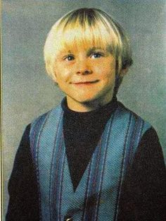 Pictures of Kurt Cobain's Family and His Childhood (3)