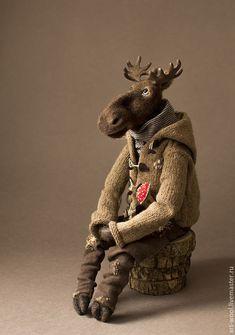 Diy Teddy Bear, Teddy Bear Gifts, Vintage Teddy Bears, Textile Sculpture, Textile Art, Crochet Teddy, Lovely Creatures, Bear Doll, Felt Toys