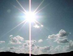 Begin iedere dag met de zonnegroet. Het maakt je sterk, ontspannen, vrolijk en energiek!