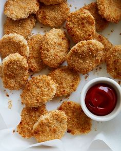 These unbelievably Easy Chicken Nuggets are to make, absolutely delicious and made from ingredients you can pronounce. Frozen Chicken Nuggets, Homemade Chicken Nuggets, Baked Chicken Nuggets, Chicken Nugget Recipes, Baby Food Recipes, Cooking Recipes, Easy Recipes, Cooking Cheese, Cooking Ham