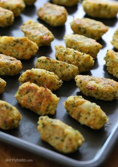Cauliflower Tots by skinnytaste: A delicious and healthy way to get your family to eat more veggies. Kid friencly.  #healthyfood