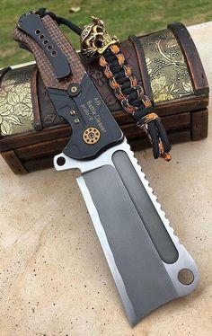 Andre de Villiers Custom Battle Cleaver Flipper Knife