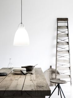 Caravaggio Opal Glass Lamp - Huset-Shop.com | Your House For Modern