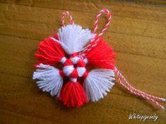 Rakhi Greetings, Baba Marta, Diy Bracelets Easy, Crafts For Kids, Diy Crafts, Ornament Crafts, Fringes, Kids Playing, Cool Kids