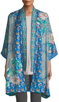 Johnny Was Coi Mix Print Kimono. This Coi Kimono is a breath of fresh air on the bohemian fashion scene. That was in Johnny Was has many divisions all known for their color patterns, intricate embroidery, and unstructured and modern silhouettes. Boho Kimono, Kimono Cardigan, Silk Kimono, Kimono Jacket, Kimono Fashion, Boho Fashion, Fashion Outfits, Johnny Was, Mixing Prints