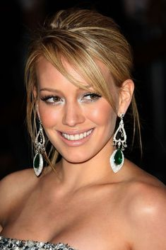 There is such a thing as a right elegant celebrity haircuts, and having this particular right haircuts is a prime substance for working women For More Visit http://nimsdivine.com/hair-style/elegant-celebrity-haircuts/