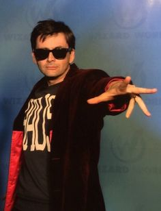 Tennant cosplaying as Capaldi is the coolest thing ever!  #DoctorWho  #davidtennant
