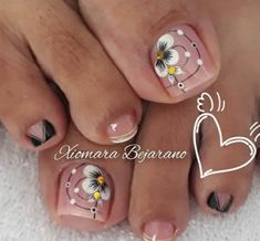 Toe Nail Designs, Christmas Nail Art, Winter Nails, Manicure And Pedicure, Toe Nails, Acrylic Nails, Lily, Glitter, Nail Stickers