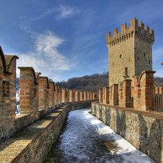 @anonimautrice Vigoleno   #myER_Castles: foto finaliste, via Flickr