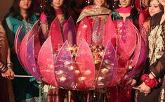 MEHNDI THAALS IDEAS-Wedding Pakistani