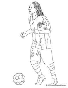 Coloriage du joueur de foot Lionel Messi. À imprimer gratuitement ou colorier en ligne sur hellokids.com