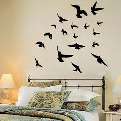 decoração com frases na parede preto e branco - Pesquisa Google