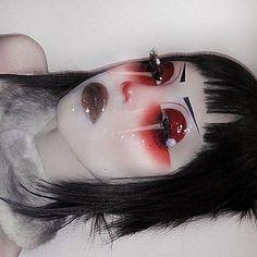 10 Stunning Makeup Ideas for Halloween Goth Makeup, Clown Makeup, Dark Makeup, Sfx Makeup, Cosplay Makeup, Makeup Art, Beauty Makeup, Makeup Goals, Makeup Inspo
