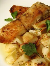 Food for thought: Πέρκα με πατάτες στο φούρνο Greek Recipes, Fish And Seafood, Seafood Recipes, Recipies, Food And Drink, Snacks, Meat, Chicken, Cooking