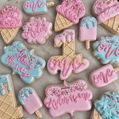 Here's The Scoop Ice Cream Set selber machen ice cream cream cream cake cream design cream desserts cream recipes Ice Cream Cookies, Iced Cookies, Royal Icing Cookies, Sugar Cookies, Cream Cake, Ice Cream Set, Ice Cream Theme, Ice Cream Party, First Birthdays