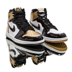 watch 369b2 c65ec Jordan Ones, Jordan 1, Nike Air Jordans, Best Sneakers, Gold Top,