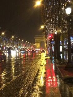 Arc de Triomphe - December 2014