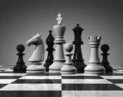 UK based suppliers of chess sets and wooden chess boards online.  Also offers hand painted and tournament standard pieces, clocks, chess computers and games compendiums.