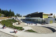 Centro de Cuidados Infantil SFU,© Martin Tessler