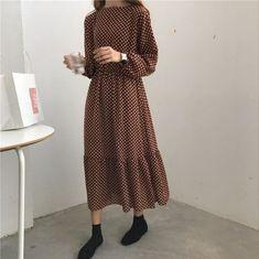 [HG] 2018 Autumn Vintage New Korea Women Dot Pattern Mid-Calf Dress Female Full Sleeve O-Neck Loose Pullover Dress Modern Hijab Fashion, Minimal Fashion, Modest Fashion, Korean Fashion, Fashion Outfits, Vintage Dresses, Vintage Outfits, Vintage Fashion, Vintage Style