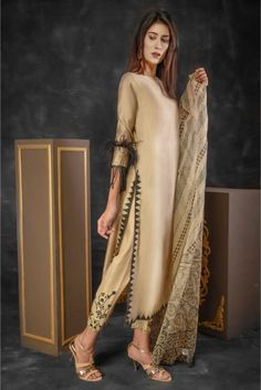 SDS184B #pakistanfashion