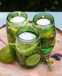 This tip has your name on it 🐜Insect-Repellent Citronella Floating Candle Jars🐜 Pot Mason Diy, Diy Mason Jar Lights, Mason Jars, Mason Jar Lighting, Candle Jars, Candle Lighting, Pots Mason, Candle Lanterns, Glass Jars