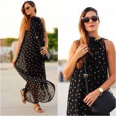 Look the day: #sammydress #dots #girl #streetstyle #fashion #style #mum #tenerife #blogger #bloguera #spain #fendi #mango #maxidress #gladiators  http://marilynsclosetblog.blogspot.com.es/2015/09/golden-fendi.html