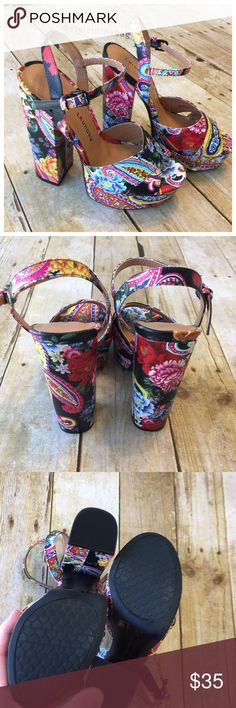 """NEW Chinese Laundry Platform Pump Sandals Floral New without box. Size 7, 37.5. 6"""" back heel. Front platform 1.5"""". Floral and paisley print. Buckle on ankle strap. Manmade materials. Chunky heel. Chinese Laundry Shoes Sandals"""