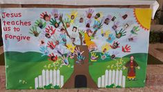 As First Penance approaches for Second Class teachers, here are some art and display ideas that might be of use! Art ideas: Using the story of The Good Shepherd, here are some simple but effective … Teaching Displays, Class Displays, School Displays, Classroom Displays, Art Activities For Kids, Art For Kids, Crafts For Kids, First Communion Banner, First Holy Communion
