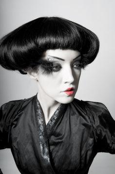 "Lady Gaga-esque ""Asian inspired"" fashion != ""geisha""."