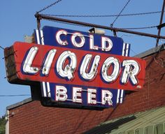 Cold Beer Liquor Neon Store Sign vintage