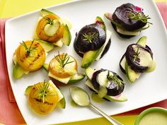Grilled Beets with Panela Cheese and Avocado - QueRicaVida.com