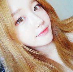 girls, korean, and kawaii image