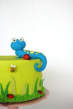 The Happy Lizard Cake