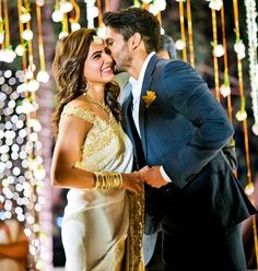 Samantha Ruth Engagement Saree, Samantha Engagement with Naga Chaitanya, Samantha Engagement Saree Pictures.