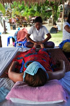 2 hour massage for $18 on the beach next to Silver Bungalows, Ko Phangan Thailand