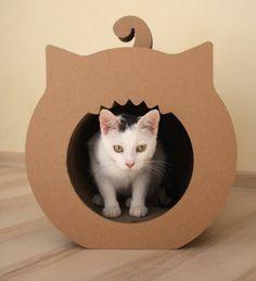 domek - drapak dla kota (proj. Cardboart)