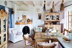 Like the sofa and chair in the kitchen dining area