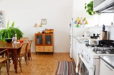 Minky & Tirsh's Open, Resourceful Oakland Loft