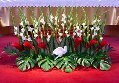 My long floral arrangement for our Graders' & CCD students' Confirmation Mass at St. Creative Flower Arrangements, Church Flower Arrangements, Silk Floral Arrangements, Floral Centerpieces, Altar Flowers, Church Flowers, Funeral Flowers, Altar Decorations, Flower Decorations