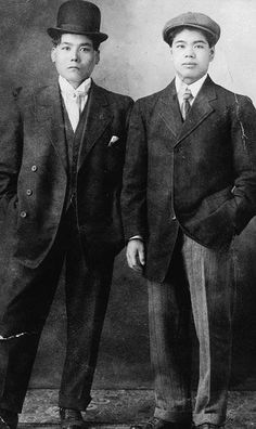 Pictured here are Kyosei Kohashigawa and George Takayesu proudly dressed in their best clothes. Kohashigawa (on the right) at age 19 was the second youngest of the first group from Okinawa (Japan) to immigrate to Canada in 1907. | Library and Archives Canada