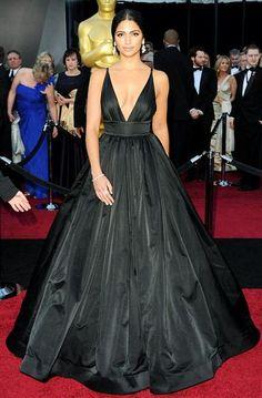 d6902cbdde Camila Alves 2011 Oscar Black V-neck Formal Dress Red Carpet Ball Gown -  TheCelebrityDresses