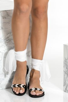 Handmade of high quality black leather, Dido gladiator sandals feature our chain strap in black and white that frame elegantly the toes and wrapped around the ankle with our signature silk laces that come in 15 colors. While they make a glamorous choice for bridal or formal events, these lace up sandals look just as chic worn with denim. Greek Chic Handmades flat sandals are handcrafted in Athens and designed to accompany you everywhere. Find your perfect pair of beautiful Greek sandals. Bridal Sandals, Boho Sandals, Ankle Wrap Sandals, Greek Sandals, Cute Sandals, Lace Up Sandals, Gladiator Sandals, Leather Sandals, Flat Sandals