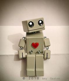 OddBot BabyBot 4 » : le petit Robot en bois par Tiggymus & Co.