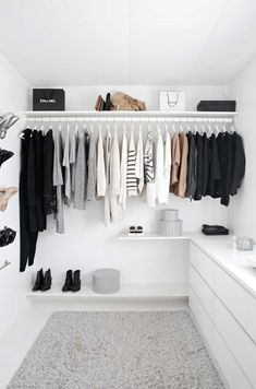 Cool  Essential Tips for Detoxing Your Closet