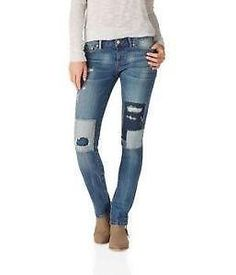 Enjoy exclusive for Aeropostale Aeropostale Womens Bayla Regular Skinny Fit Jeans online - Allstoresonline Patched Jeans, Denim Jeans, Patchwork Jeans, Juniors Jeans, Skinny Fit Jeans, Jeans Brands, Guys And Girls, Women's Fashion Dresses, Jeans Fashion