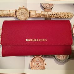 ❤AUTHENTIC ️NWT MICHAEL KORS checkbook wallet❤️ MSRP$158 red color come with gold pen and checkbook cover , zipper coin pocket on the the back. Perfect gift for christmas Michael Kors Bags Wallets