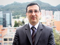 El Ing. Nelson Armando Vargas Sánchez es el nuevo Director del Programa de Ingeniería de Sistemas. En declaraciones a Konradio explicó la evolución que tendrá el Programa en esta nueva etapa y algunos de los desafíos actuales para la profesión. Toda la comunidad le brinda una cordial bienvenida, deseándole éxitos en su nueva labor.
